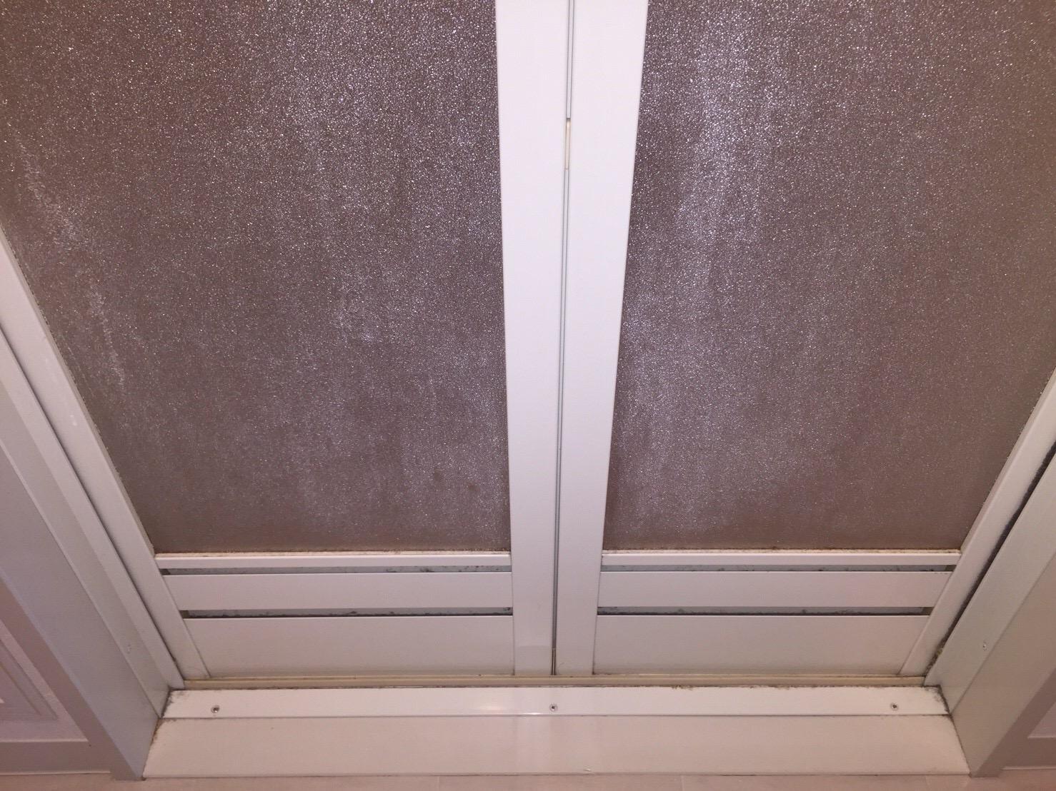 川西市 浴室クリーニング「扉/ドア」 ハウスクリーニング おそうじ/おそうじプラス