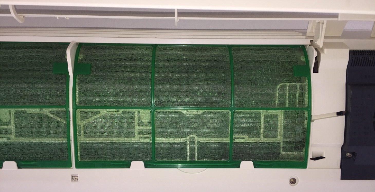 宝塚市 エアコン分解洗浄3台・室外機/ ハウスクリーニング/おそうじ