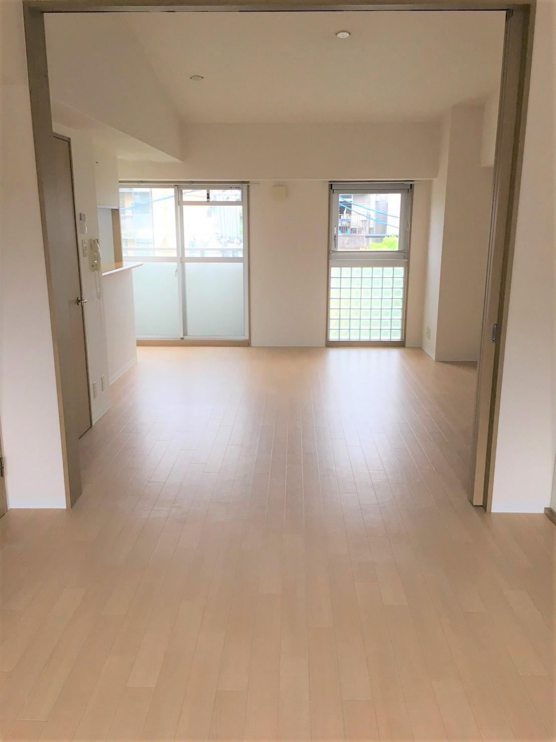 伊丹市/空き室クリーニング マンション・アパート・2階建て戸建・テラスハウスよりお部屋スッキリ丸ごとお掃除はおそうじプラスへ