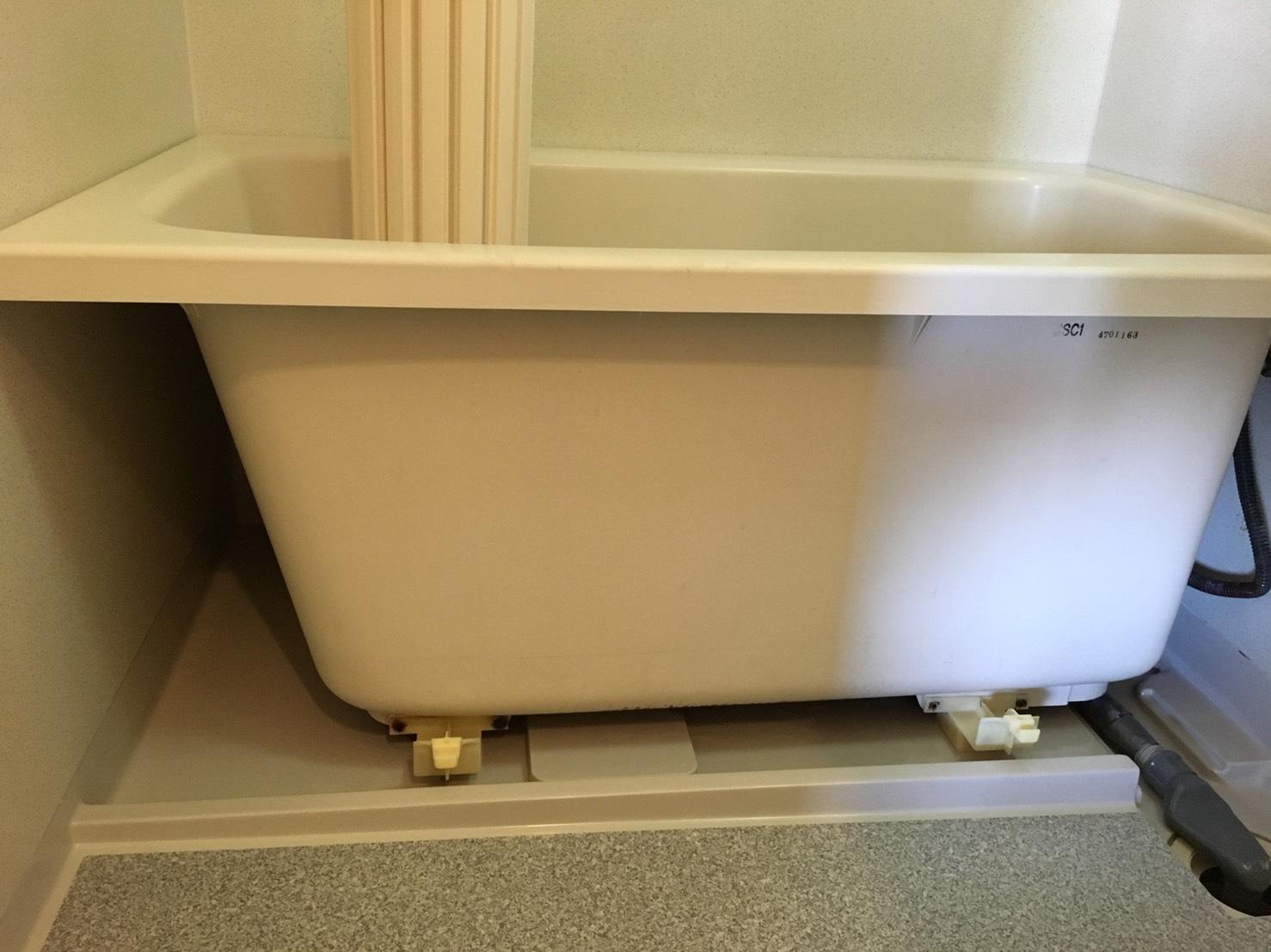 お風呂丸ごとお掃除・浴室のクリーニングサービス/エアコン・床そうじ・窓まわり・お風呂・トイレ・キッチン・外構・玄関まわり・清掃・不用品回収、どんなことでも、お気軽にご相談下さい。