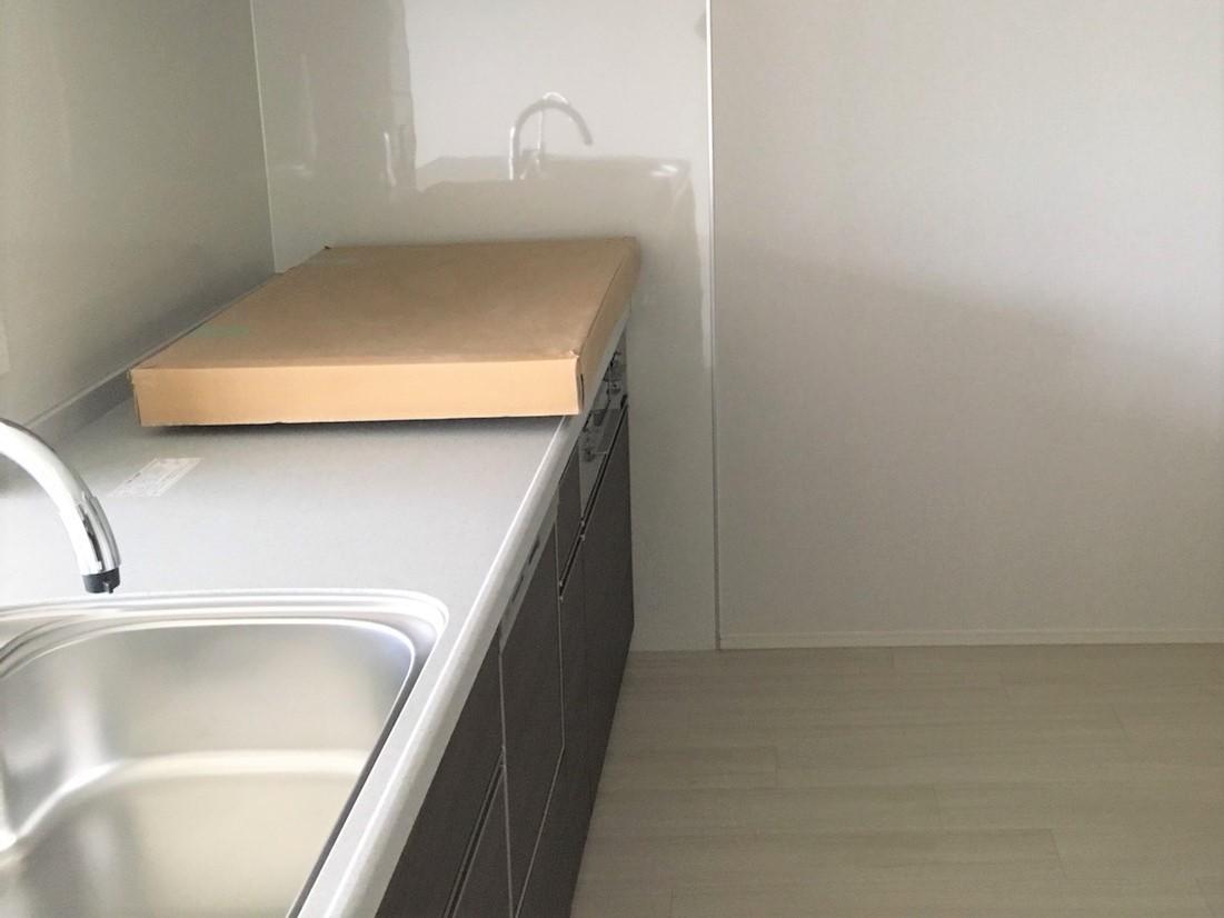 新築住宅のハウスクリーニング、入居前のお掃除(水回り・台所)、伊丹市・宝塚市・川西市の地域密着、ご相談・お見積無料