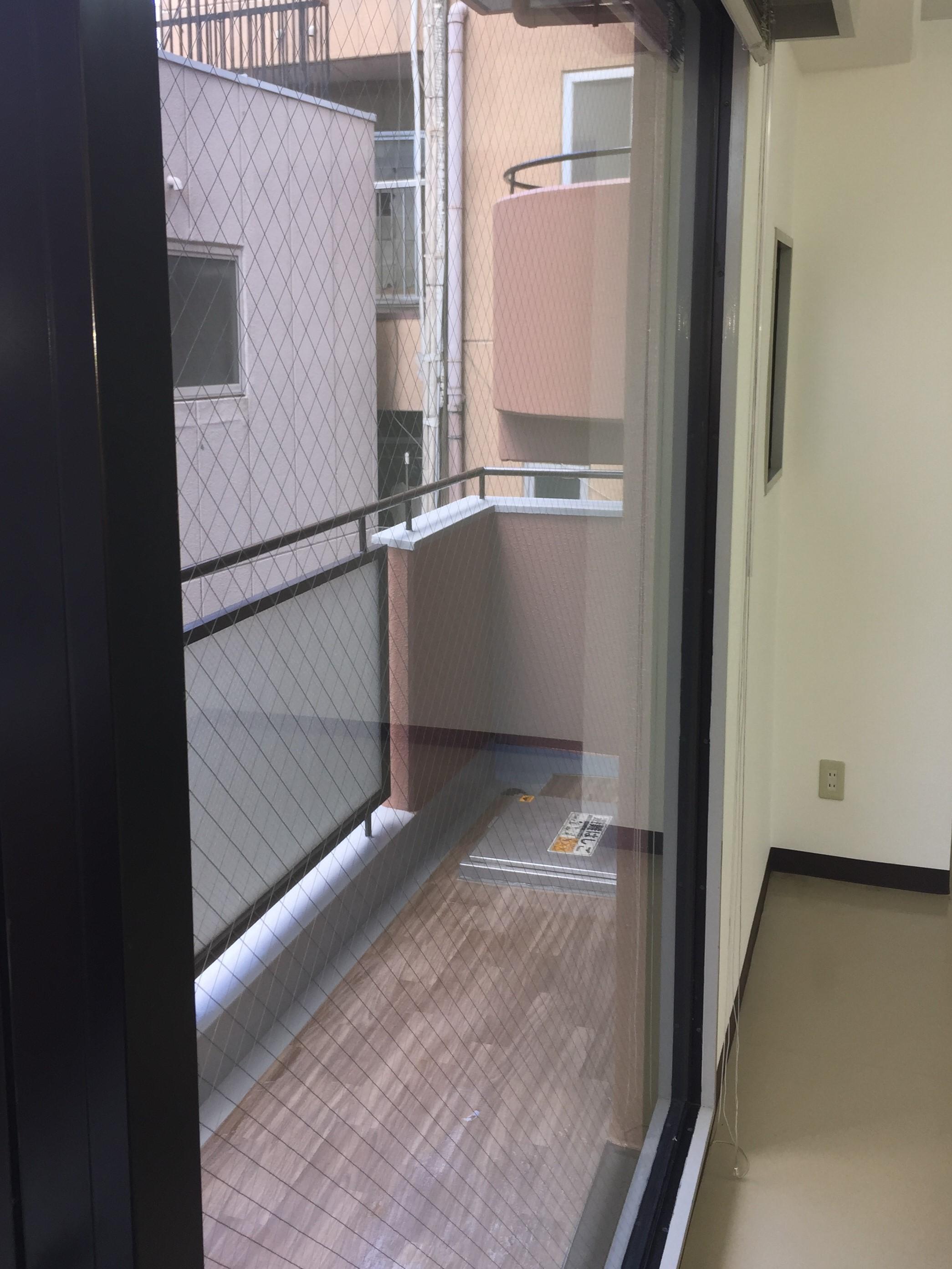 ガラス・サッシ・窓の清掃!ハウスクリーニング おそうじプラスにご希望の清掃日時や清掃箇所などお気軽にご相談下さい!