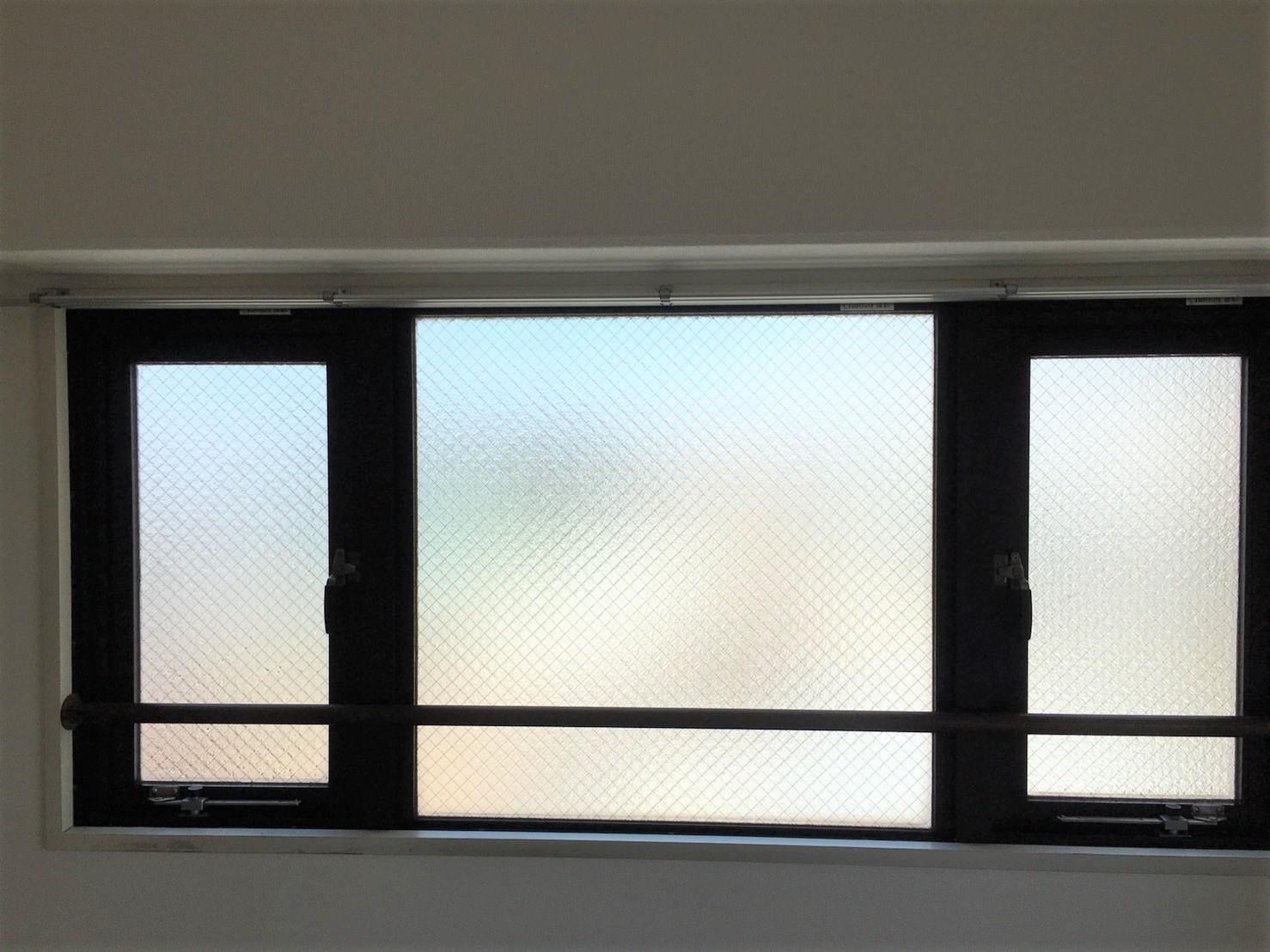 窓・窓サッシ部分の汚れ・細かい汚れの清掃は、おそうじプラスにおまかせください!