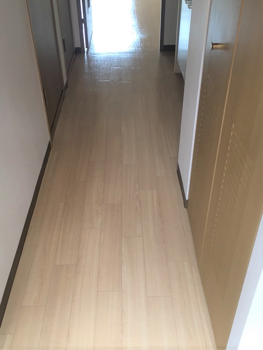 玄関からリビング~フローリング清掃~伊丹市 お掃除のことならおそうじプラスまで☎・📱・✉