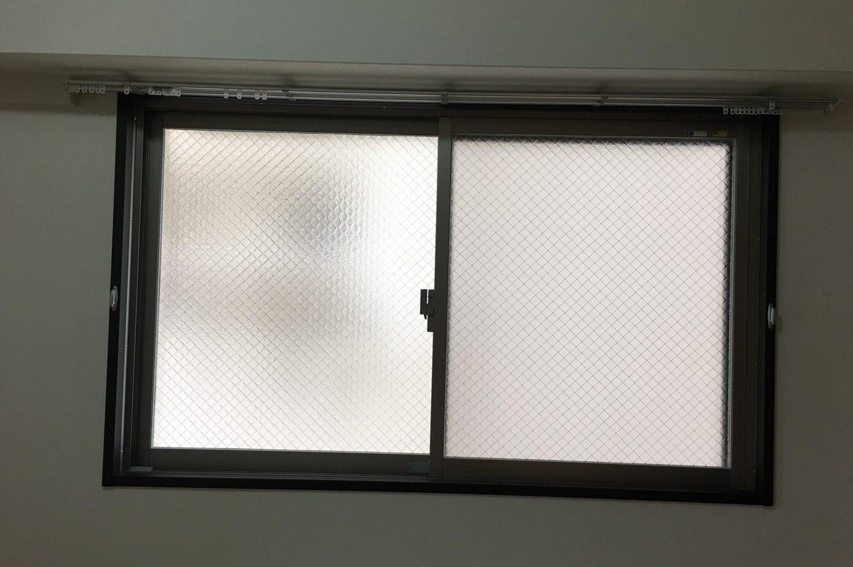 伊丹市荒牧南に店舗あります。ガラスや窓枠、網戸などのお掃除 おそうじプラスでは、エアコン・床そうじ・窓まわり・お風呂・トイレ・キッチン・外構・玄関まわり・清掃・不用品回収どんなことでもお問い合わせください!